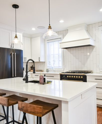 Places You Probably Forgot to Clean With White and Wood Blog