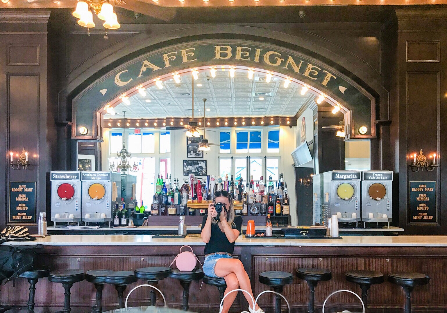 cafe beignet french quarter new orleans
